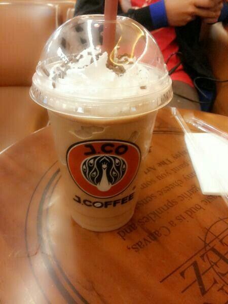 Foto -  dari J.Co Donuts & Coffee di Tangerang Kota |Roti & Kue - Jakarta