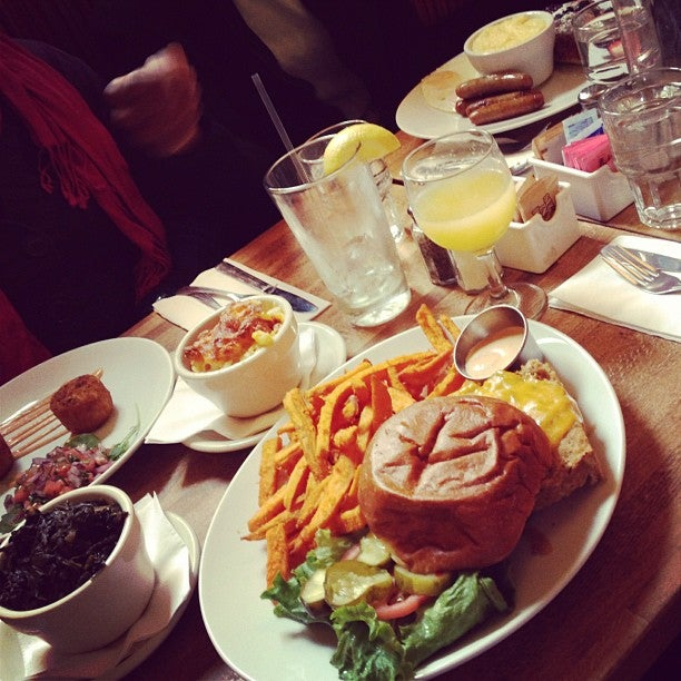 Peaches | Explore Brooklyn