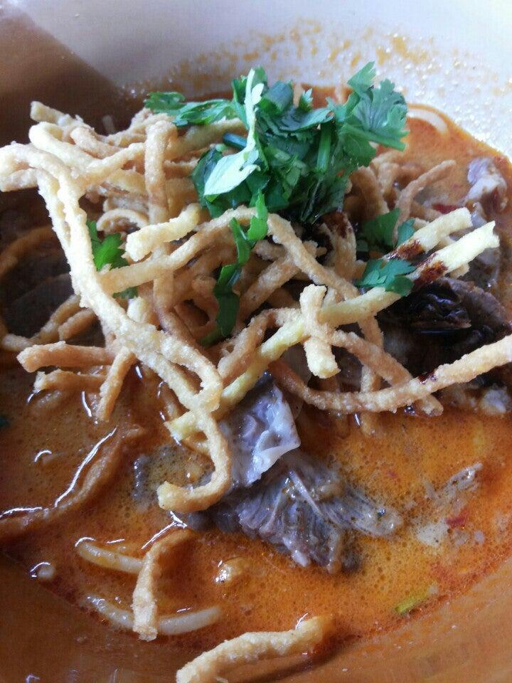 Photo - Mueang Chiang Rai's ข้าวซอยไก่ลุงจ่า |Northern Thai - Chiang Rai