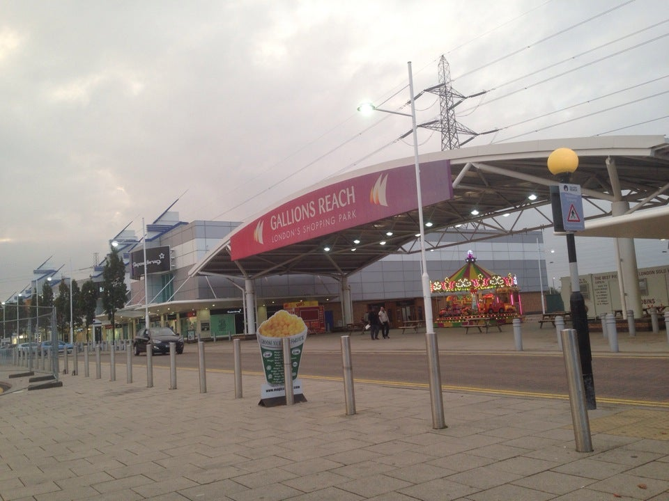 Gallions Reach Shopping Park