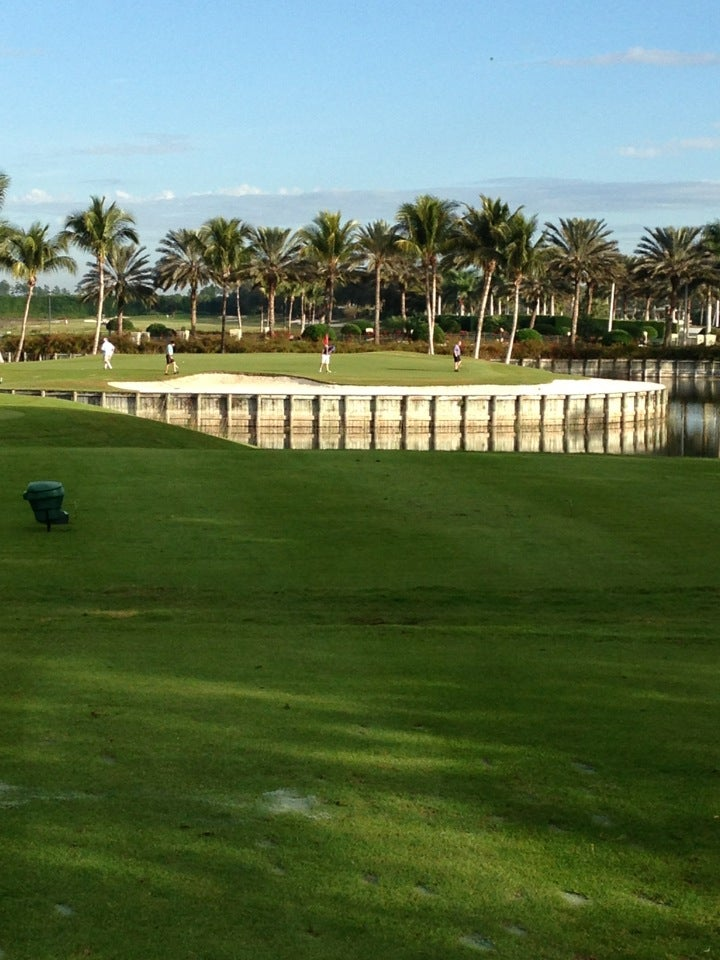 Cedar Hammock Golf & Country Club, Cedar Hammock Course