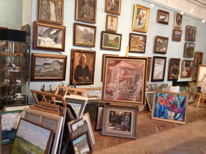 выставочный центр союза художников большая морская