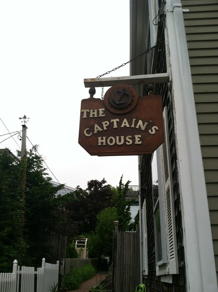 Photo of Captain's House Bed & Breakfast