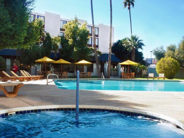 Photo of Hotel 502 on Camelback