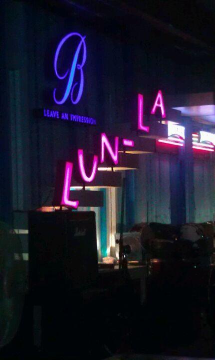 Lunla Pub And Restaurant