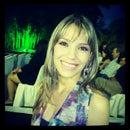 Rhenata Oliveira