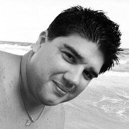 Adriano Oliveira