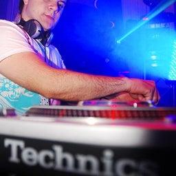 DJ M-BEAT
