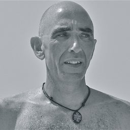 José MOURA-SANTOS