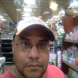 Christopher Cruz
