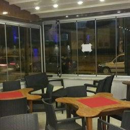 Neffis Garden Cafe