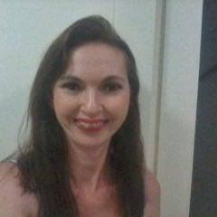 Ana Maria Araújo