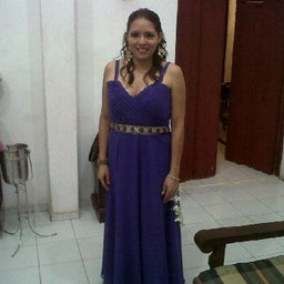 Violeta Zúazúa Castro