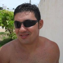 Alex Oliveira