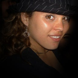 Camaia Noriega Tillit
