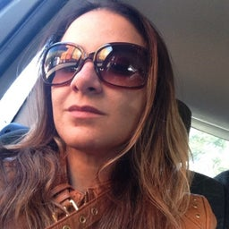 Ana Claudia Torres