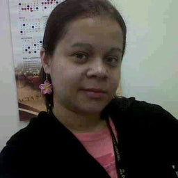 Karla Leon