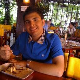 Mauricio Isselin