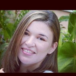 Luciana R