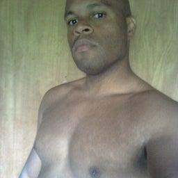 Yesiel Knowles