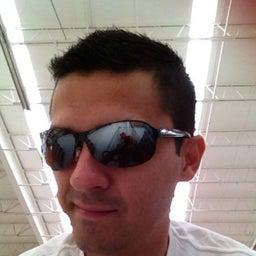 Artur Alex Rivero Peña