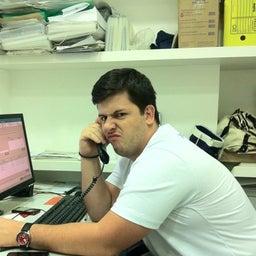 Marcio C Santos