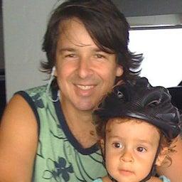Toni Azevedo