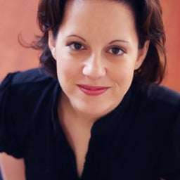 Eva Pearce
