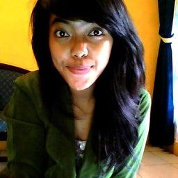 Raden Roro Putri M