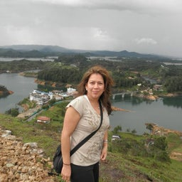 Sandra V