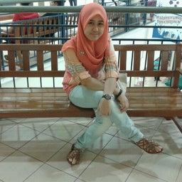 Safrina M