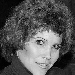 Lisa Desatnik