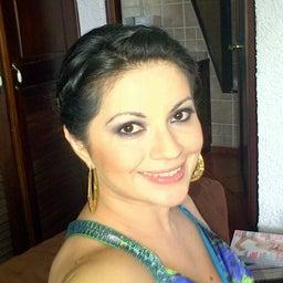 Paola Tello