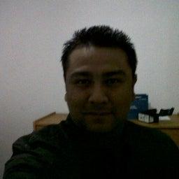 Efrain Ramon