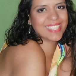 Thais Helena Santos TeixeirA
