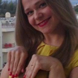 Лена Печенжиева