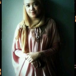 Putri Larasati
